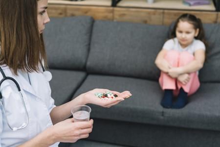 dung-khang-sinh-o-tre dùng kháng sinh ở trẻ