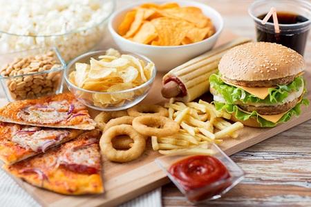 5. Thức ăn nhanh, đồ ăn chế biến sẵn 1