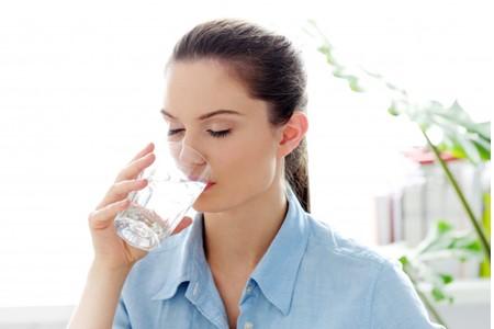 uong-du-nuoc uống đủ nước