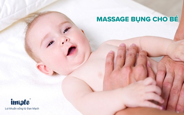 massage bụng cho bé táo bón