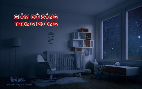 Giam độ sáng trong phòng