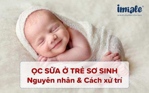 ọc sữa ở trẻ sơ sinh