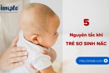 trẻ sơ sinh bị nấc